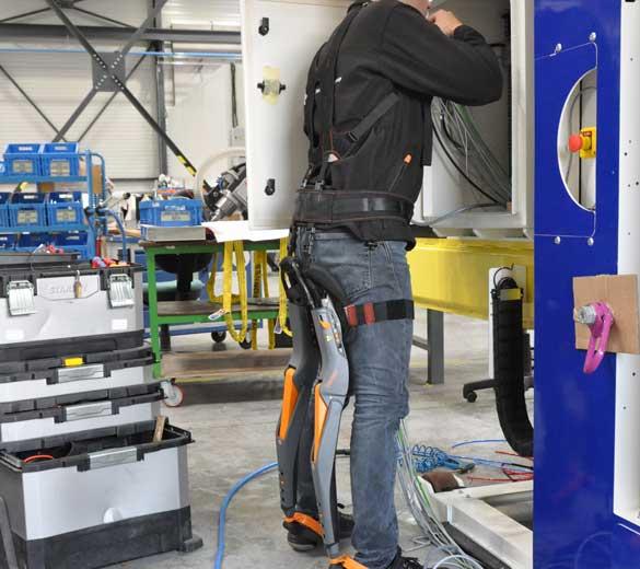 Exosquelette assis debout câblage armoire - GOBIO